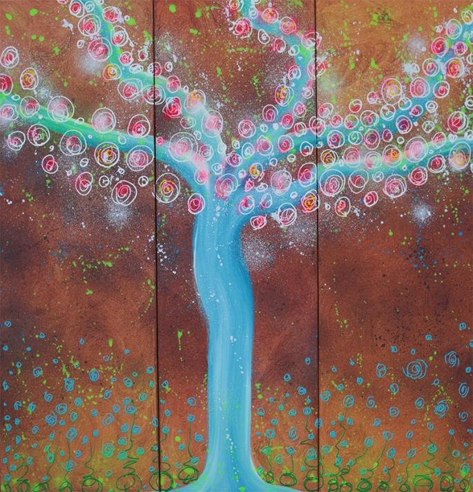 Wisper Tree by Laura Barbosa - display